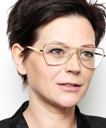 Esther, opticien en trendwatcher Optiek Van Wely